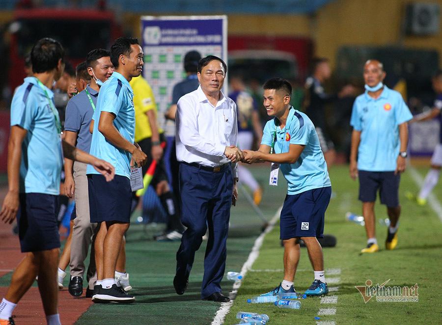 Thanh Hoá cầm chân Hà Nội, bầu Đệ mừng như vô địch