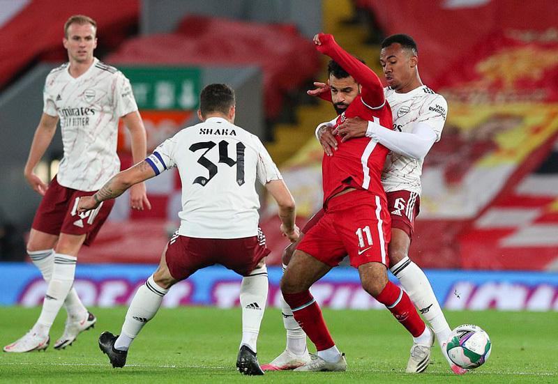 Arsenal loại Liverpool ra khỏi cúp liên đoàn sau loạt 'đấu súng'