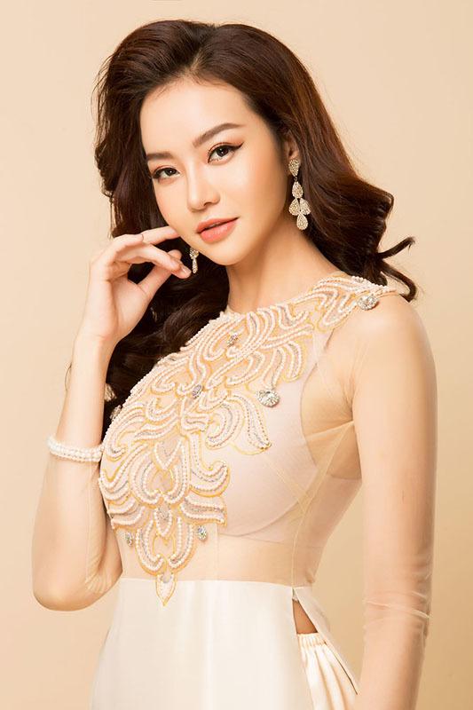 Minh Tú, Kiều Ngân chấm người mẫu cùng NTK Thanh Huỳnh