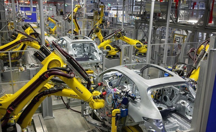 Dreaming big, investors pour trillions of dong into automobile factories