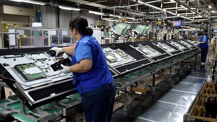 Ông Trump buộc các công ty Mỹ di dời nhà máy khỏi Trung Quốc