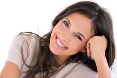 Tại sao răng của bạn không thể trắng dù chăm sóc kỹ càng