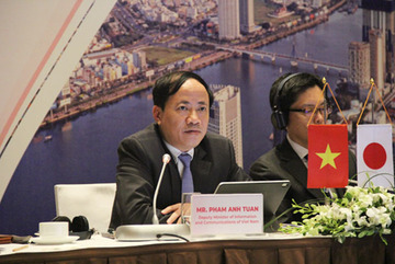 Vietnam shifts from outsourcing to making its own products
