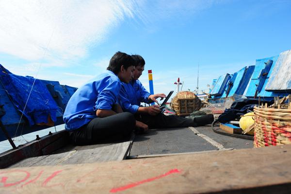 Khách hàng Viettel có thể dùng mạng 4G cách bờ biển 100km