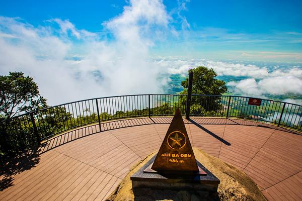 Núi Bà Đen - Huyền tích về đỉnh thiêng nơi nóc nhà Nam Bộ