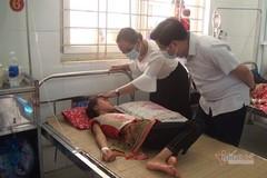 56 học sinh Lào Cai nhập viện sau bữa ăn tại trường