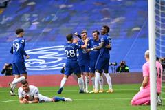 """Chelsea thắng """"4 sao"""": Người hùng Ben Chilwell"""