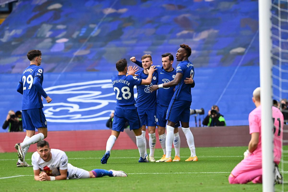Chelsea thắng '4 sao': Người hùng Ben Chilwell