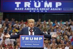 Trump ra đòn thuế quan với Trung Quốc nhưng lại 'gậy ông đập lưng ông'?