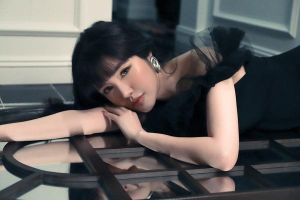 Elly Trần với MV kịch tính chủ đề ngoại tình