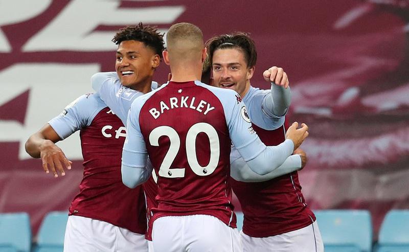 Liverpool thua sốc 2-7 trước Aston Villa