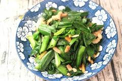 Cách làm món thịt heo xào tỏi tây thơm ngon, bổ dưỡng