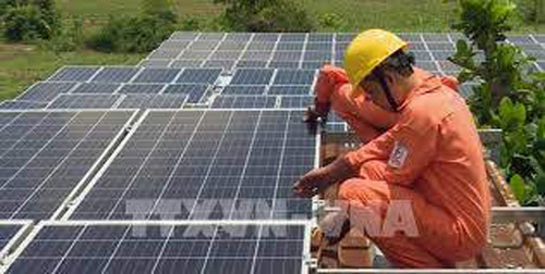 HCM City to connect all rooftop solar systems to power grid