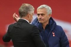 Vùi dập MU, Mourinho vẫn ghen tị Solskjaer một điều