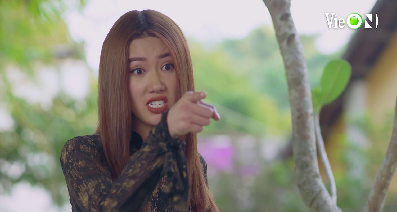 'Gạo nếp gạo tẻ 2' tập 49, Minh Hoà dùng bạo lực với chị ruột