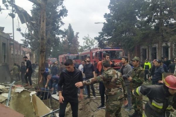 Azerbaijan tố Armenia dùng tên lửa đạn đạo nhằm vào dân thường