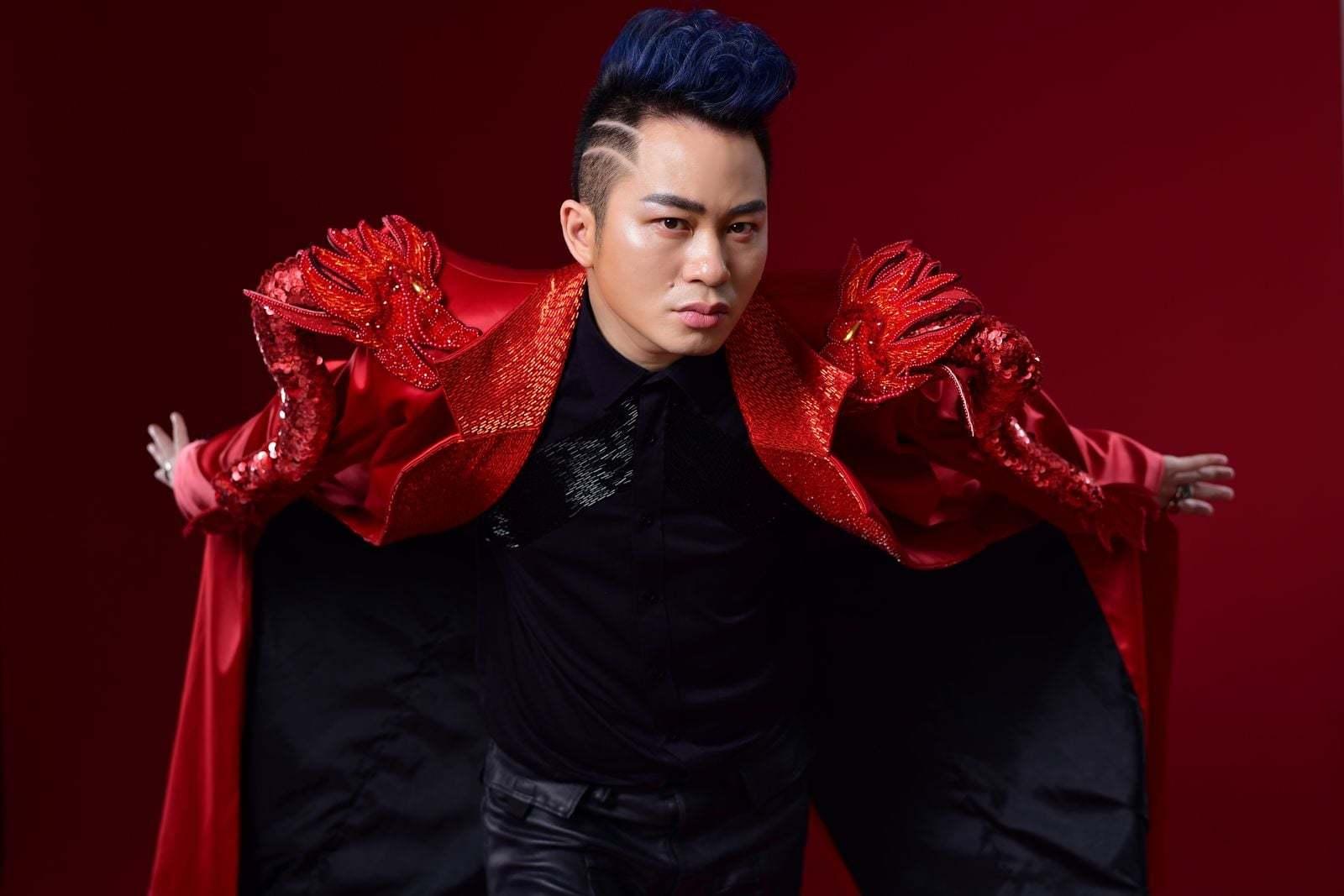 Tùng Dương lại 'quái' trong album nhạc rock