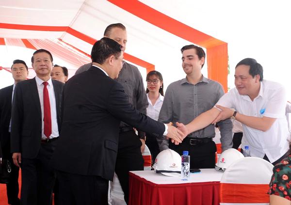 VINADIC là nhà thầu công trình chào mừng Đại hội Đảng bộ TP. Hà Nội
