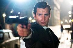 'Siêu nhân' 1m85 thân hình như tạc tượng muốn làm James Bond