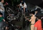 """Công an lật mặt gã 65 tuổi cầm đầu băng """"đá xế"""" khắp Sài Gòn"""