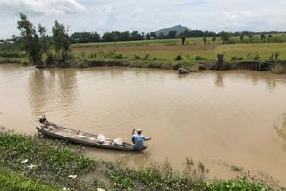 Miền Tây 'đói lũ': Đồng ruộng bỏ hoang, cá tôm èo ọt