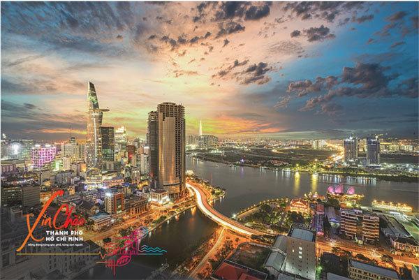 HCM City promotes tourism through postcards