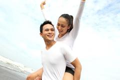 Singapore tặng tiền cho các cặp đôi sinh con