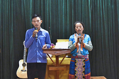 Vang vọng khúc Thánh ca giữa bản người Mông ở Mường Nhé