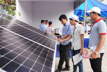 Điện mặt trời mái nhà 'bứt tốc' mạnh mẽ ở các tỉnh phía Nam