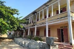 Hàng chục ngôi trường bị bỏ hoang ở Hà Tĩnh