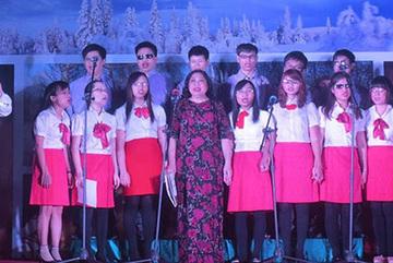 Hope choir presents concert to celebrate Hanoi's anniversary