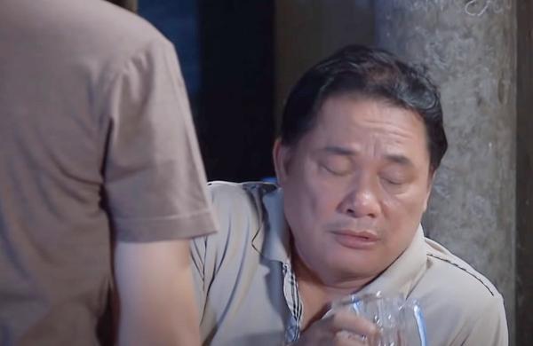 'Vua bánh mì' tập 15: Nguyện cứu sống chú Ba, ôm dì Thanh vì nhớ mẹ