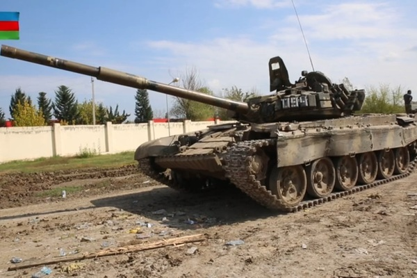 Hàng loạt trang thiết bị quân sự hiện đại của Armenia bị Azerbaijan bắt giữ