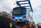 Tàu metro số 1 chạy thử nghiệm trong depot Long Bình cuối năm 2020