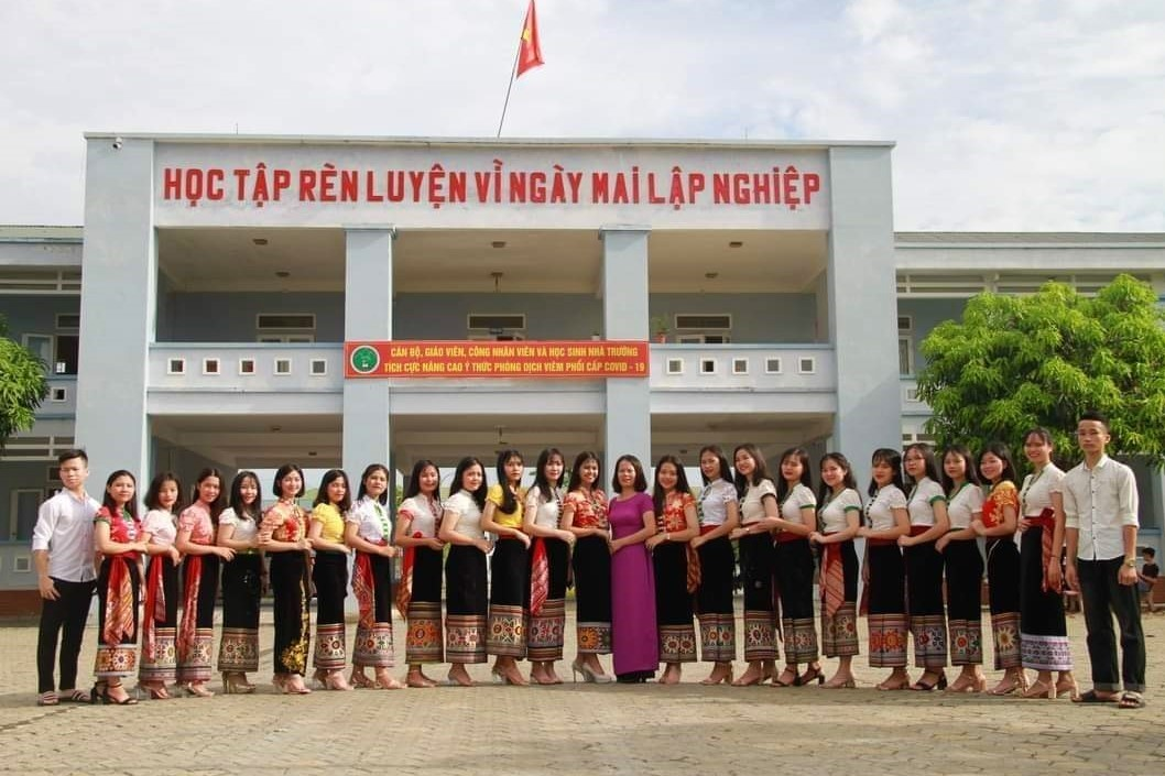 Trường học ở Nghệ An có hàng chục học sinh đỗ đại học trên 30 điểm
