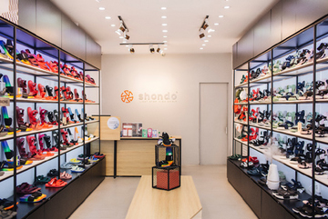 Thương hiệu giày Việt đi lên từ số vốn 10 triệu đồng