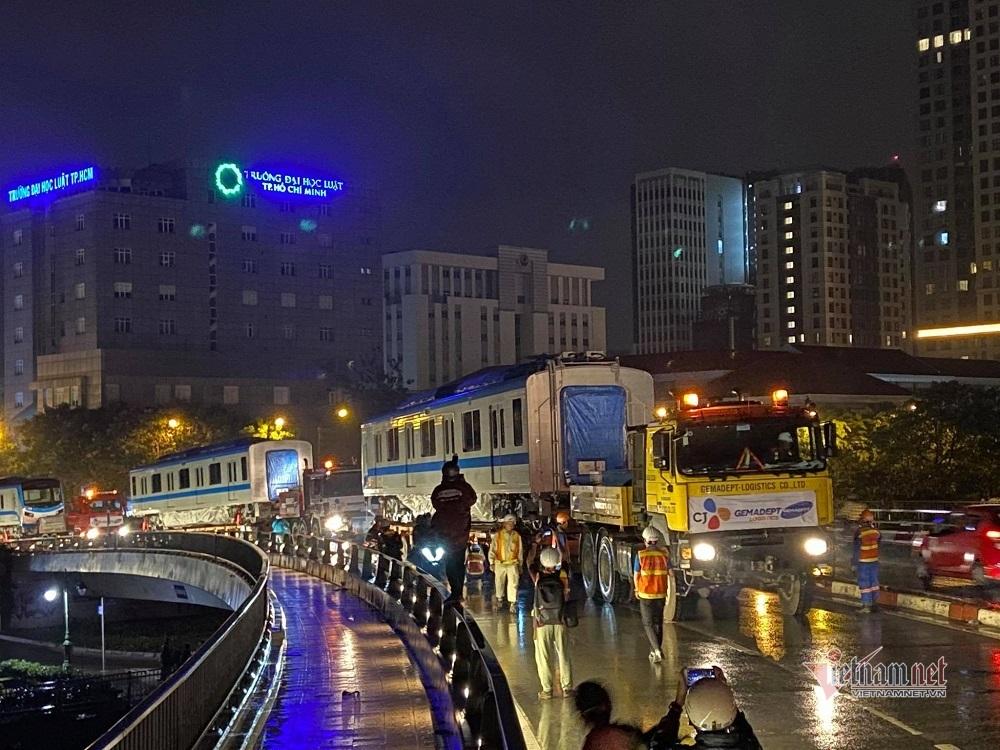 Hai đoàn tàu metro Bến Thành - Suối Tiên sắp cập cảng TP.HCM
