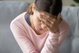 Cô gái đau đầu nhiều năm do có tổ sán trong não