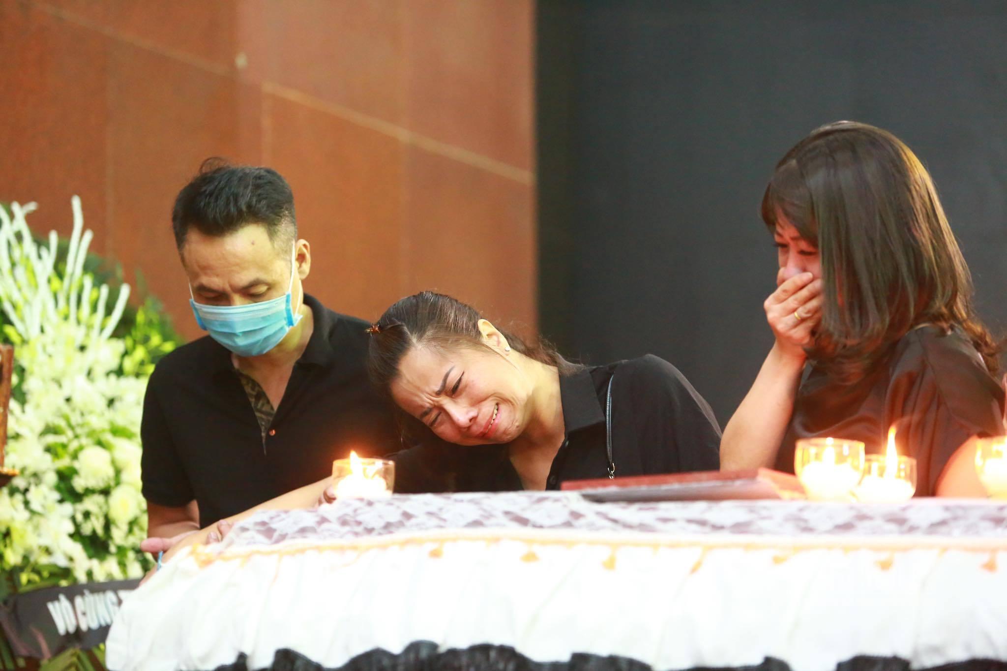 MC Chiến Thắng tâm sự xúc động sau đám tang ca sĩ Tuấn Phương