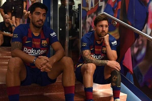 Luis Suarez tuyên bố Barca cố tình bán anh để chơi Messi