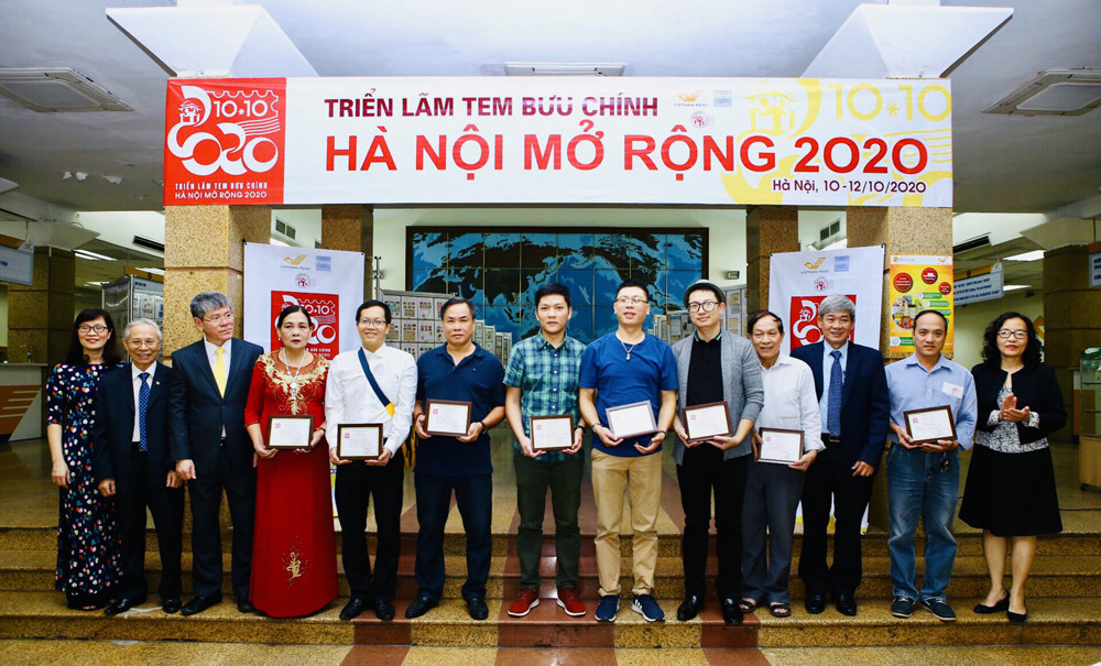 Many rare and precious stamps at the exhibition of Hanoi Postage Stamps expanded 2020