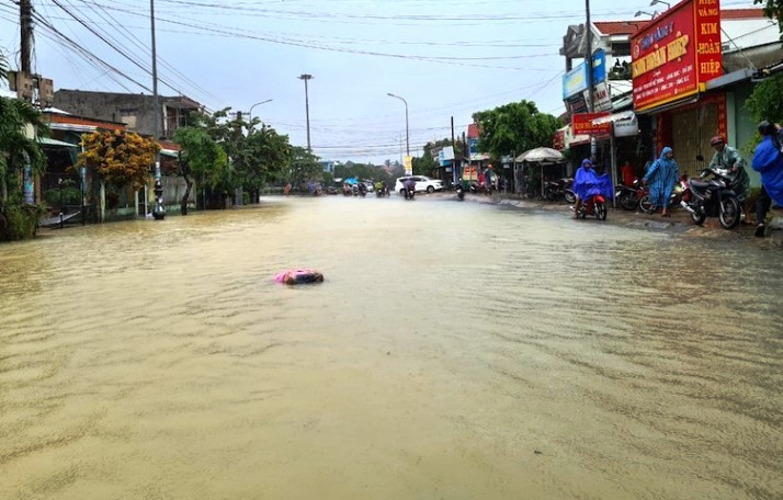 Quảng Nam vỡ đập thủy lợi sức chứa 800 ngàn m3 nước