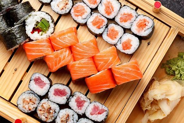 Những món đặc sản ẩn chứa rủi ro cho người ăn