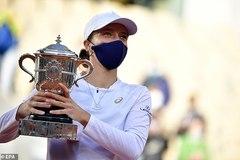 Nữ tay vợt 19 tuổi lập kỳ tích vô địch Roland Garros