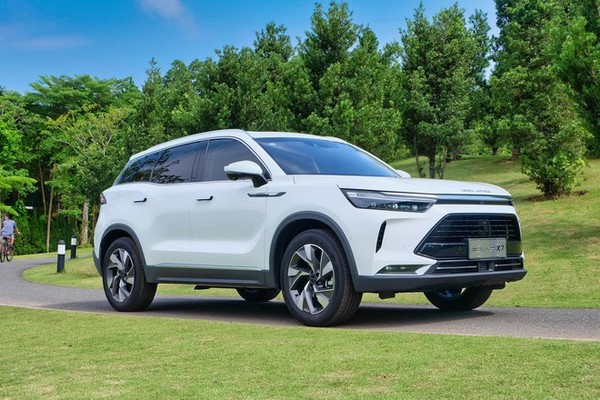 Hơn 500 triệu mua sedan Nhật hay SUV Trung Quốc?