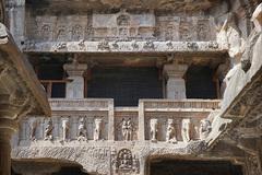 Khám phá hang động cổ đại nhất ở Ấn Độ