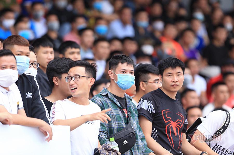 Cận cảnh giải 'phủi' khiến V-League phải ghen tị