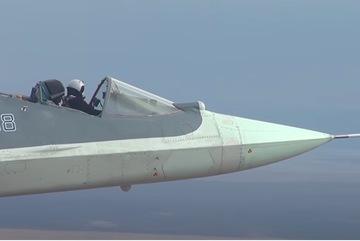 Điều kỳ lạ trên chiến đấu cơ Su-57 khiến truyền thông Mỹ trầm trồ