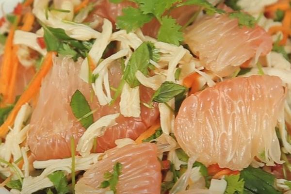 Cách làm món gỏi bưởi trộn thịt gà, ăn vừa ngon lại không lo béo