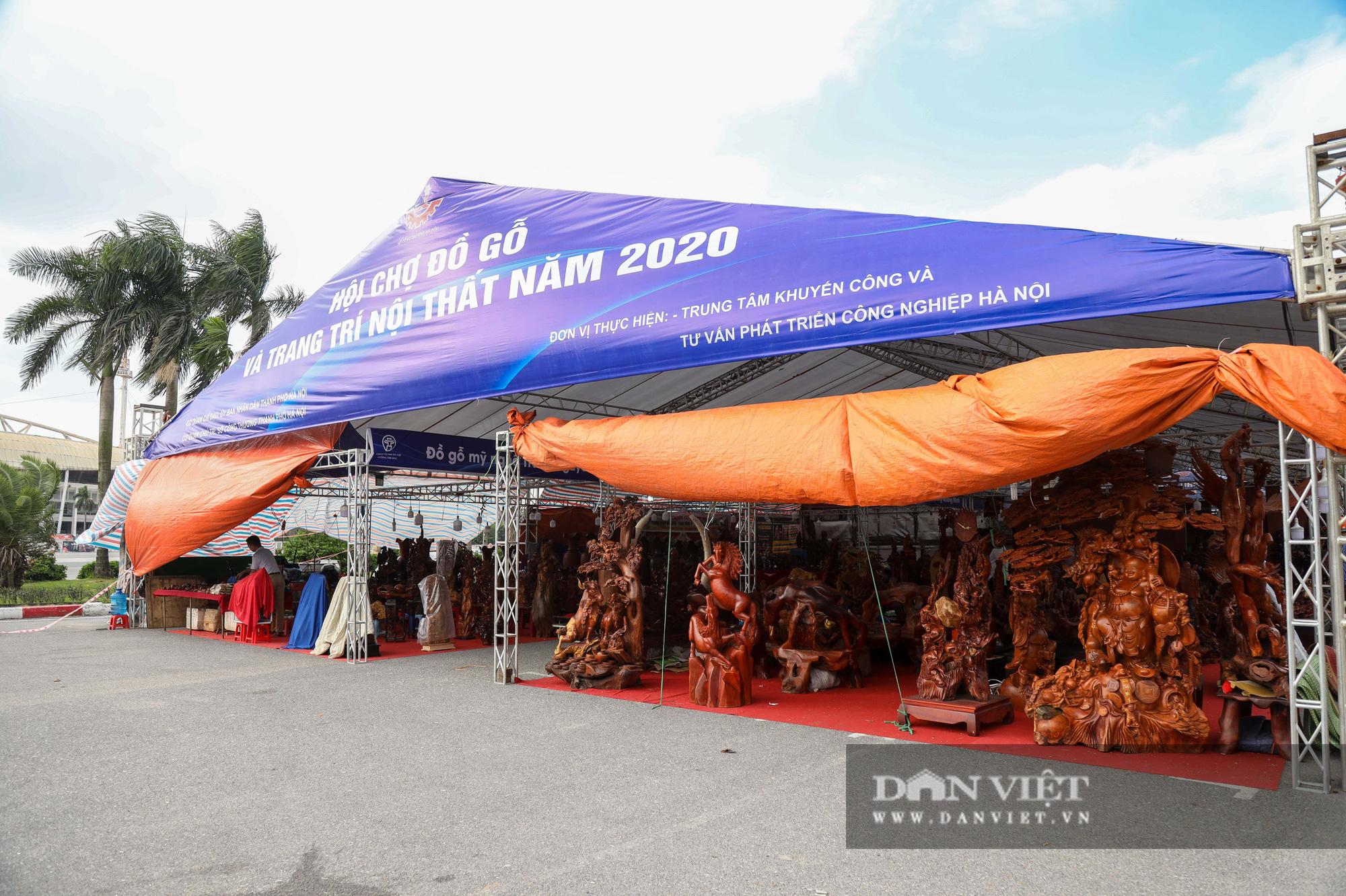 Ngỡ ngàng khúc gỗ được rao bán 10 tỷ đồng tại Hà Nội